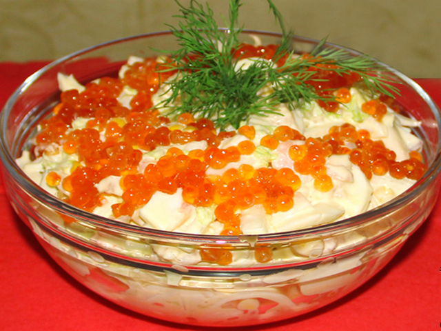 Салат с кальмарами и с красной икрой рецепт с очень вкусный