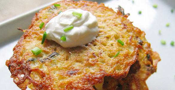 Оладьи картофельные с мясом
